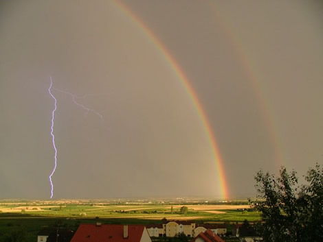 Double Rainbow by Oliver Kovaks